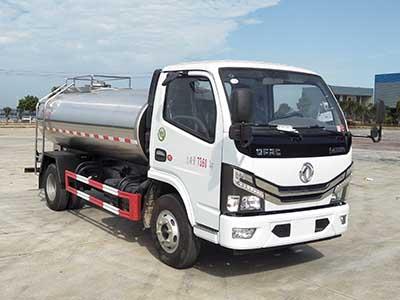 国六东风D6 5方鲜奶运输车