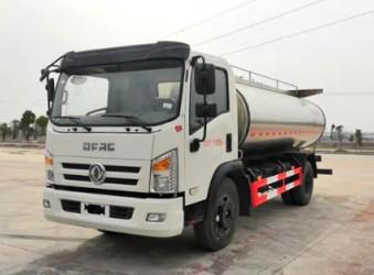 罐式车厂家2款国六东风鲜奶运输车PK-东风多利卡VS